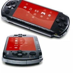 3004 - PSP Slim with 10 Games & 8GB Duo Pro Memory Card - Piano Black