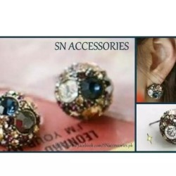 Antique Round Studs Earrings
