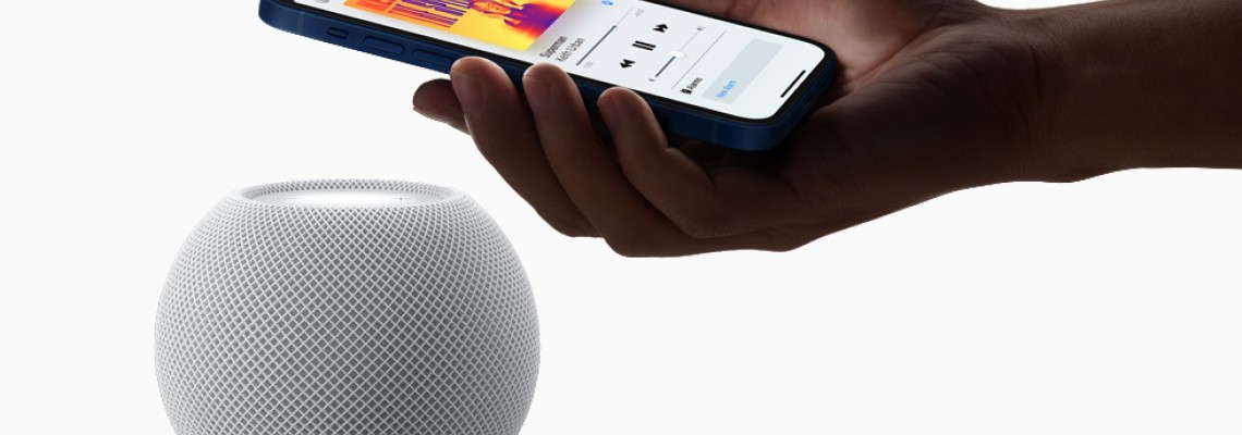 Apple discontinues original HomePod and will focus on mini